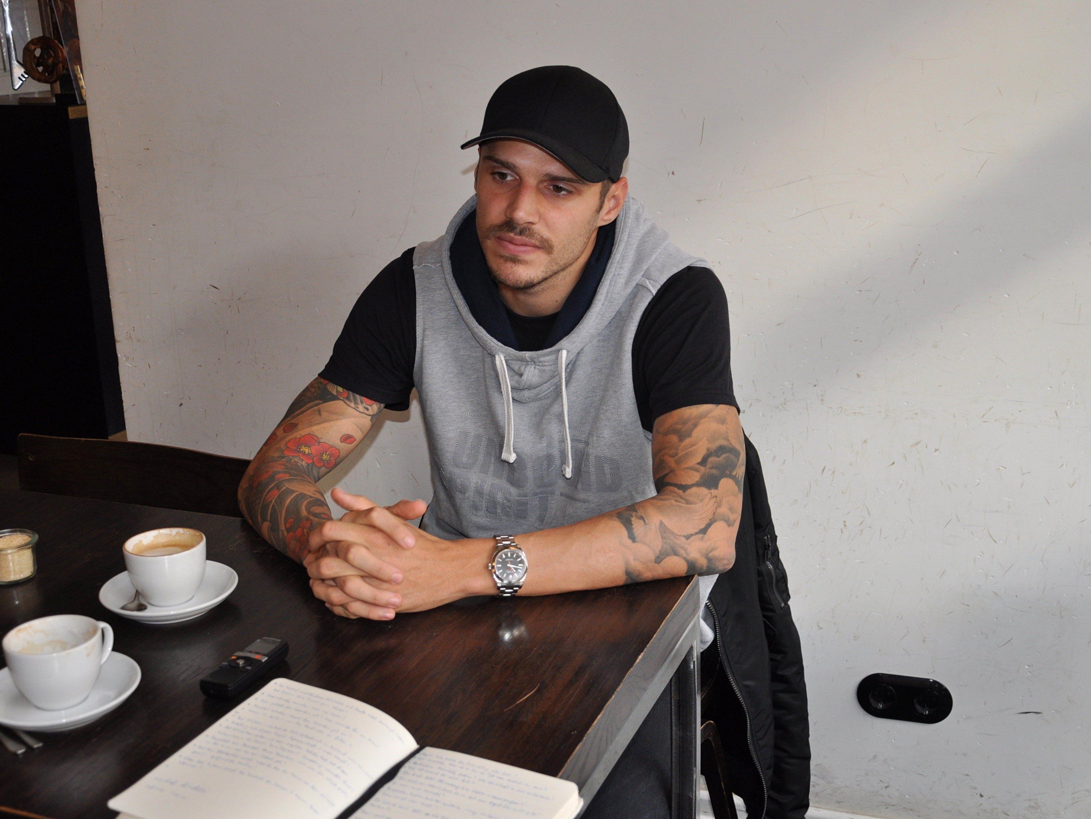 VIENNA.at bat Deutschland-Legionär Christopher Trimmel zum Interview.