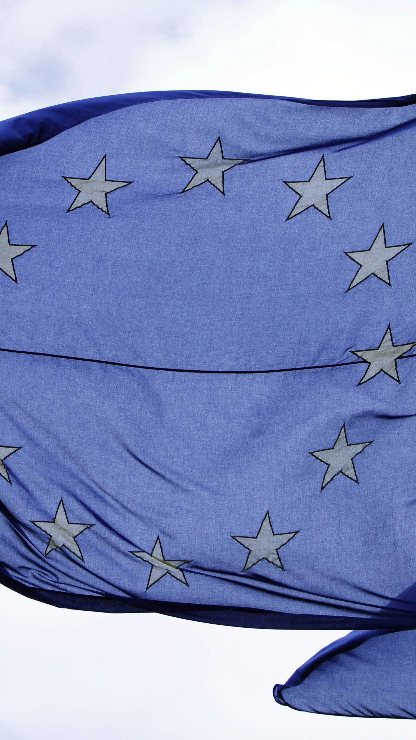 """Die immer wieder betonte europäische """"Wertegemeinschaft"""" erweist sich als bröckelig."""