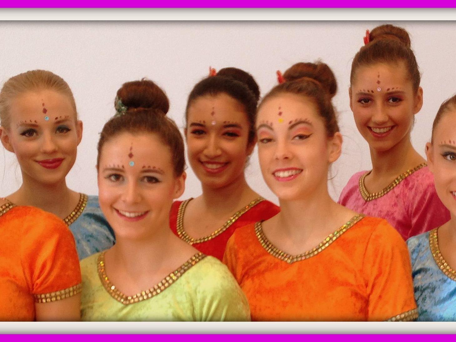 Narilatha Tänzerinnen