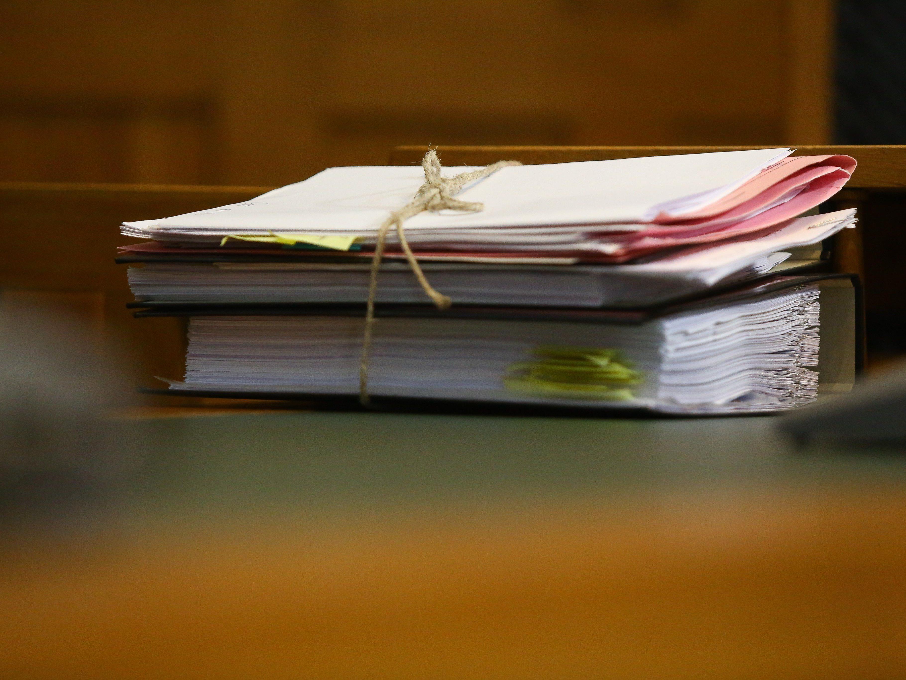 Landesgericht genehmigt mittellosem Patienten keinen kostenlosen Anwalt für Schadenersatzklage gegen KHBG.
