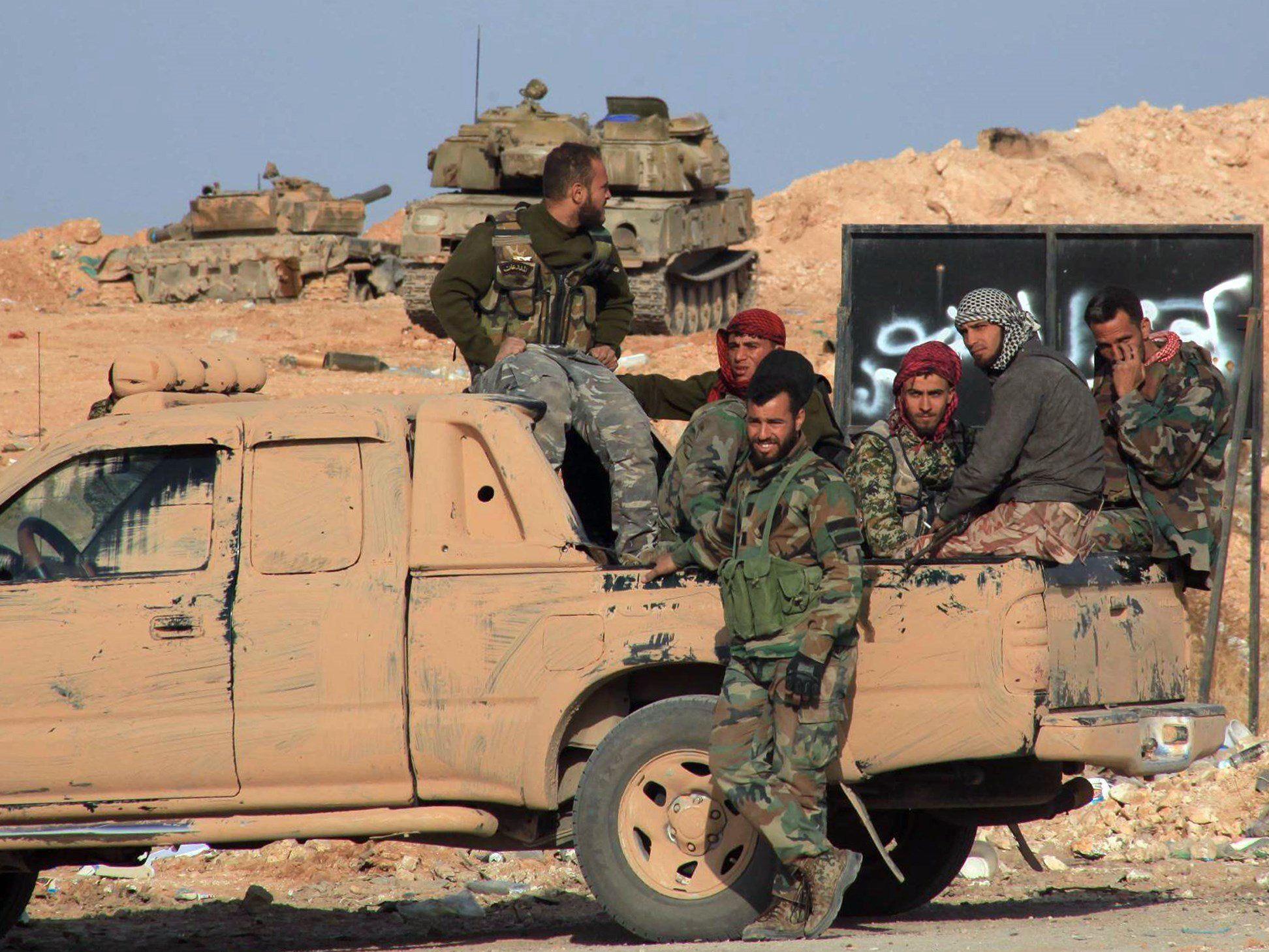 Islamistische Regimegegner nahmen mehrere Orte ein.