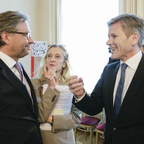 ORF-Generaldirektor Alexander Wrabetz, ORF-Fernsehdirektorin Kathrin Zechner und Medienminister Josef Ostermayer