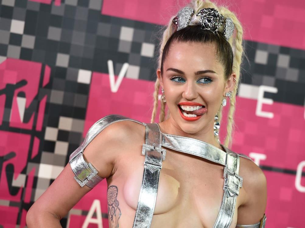Miley Cyrus ist für ihre freizügigen Auftritte bekannt.