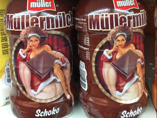 Sexismus- und Rassismusvorwürfe: Müllermilch-Pin-ups sorgen für Empörung.