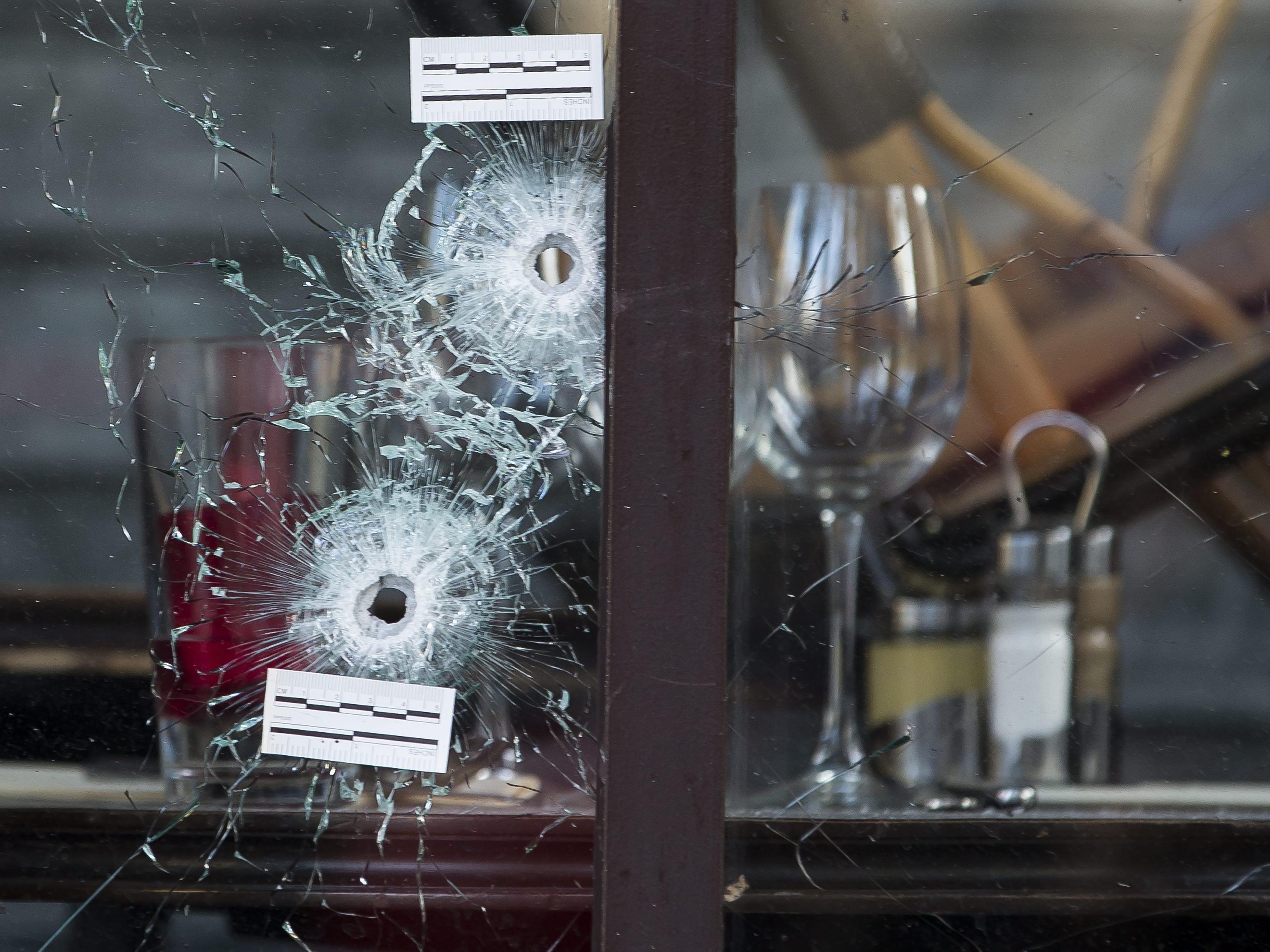 Waffenhändler aus Deutschland verhaftet - Bezüge zu Terror in Paris?