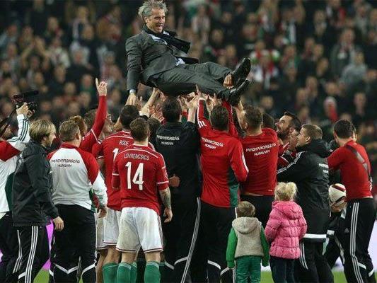 Große Freude bei den Ungarn nach dem Sieg.