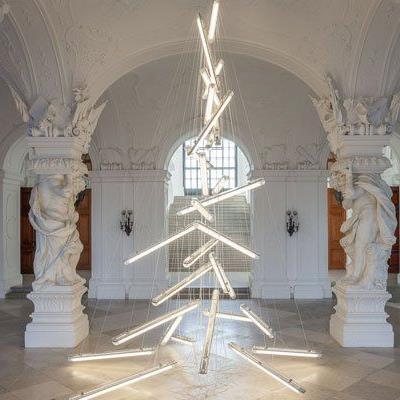 Manfred Erjautz gestaltet Belvedere-Weihnachtsbaum