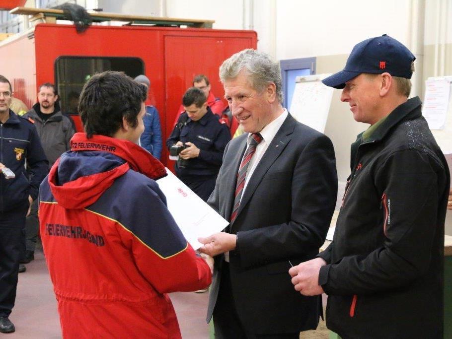 35 Jugendliche absolvierten Prüfung für das Goldene Leistungsabzeichen der Feuerwehrjugend.