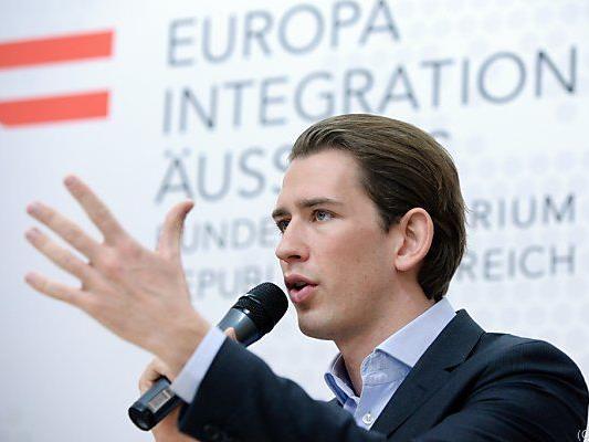 Integrationsminister Kurz will Integrationsfortschritt berücksichtigen