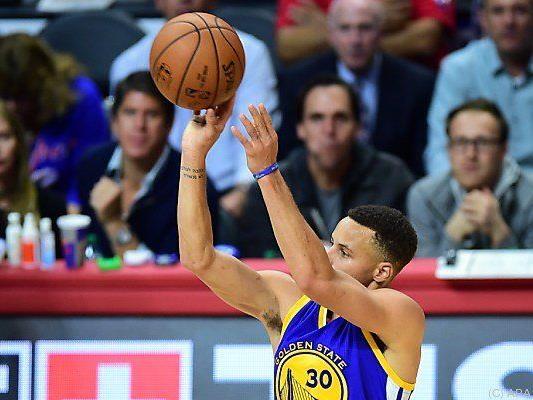 Herr Curry, derzeit verletzt, konnte an diesem Ergebnis nichts ändern