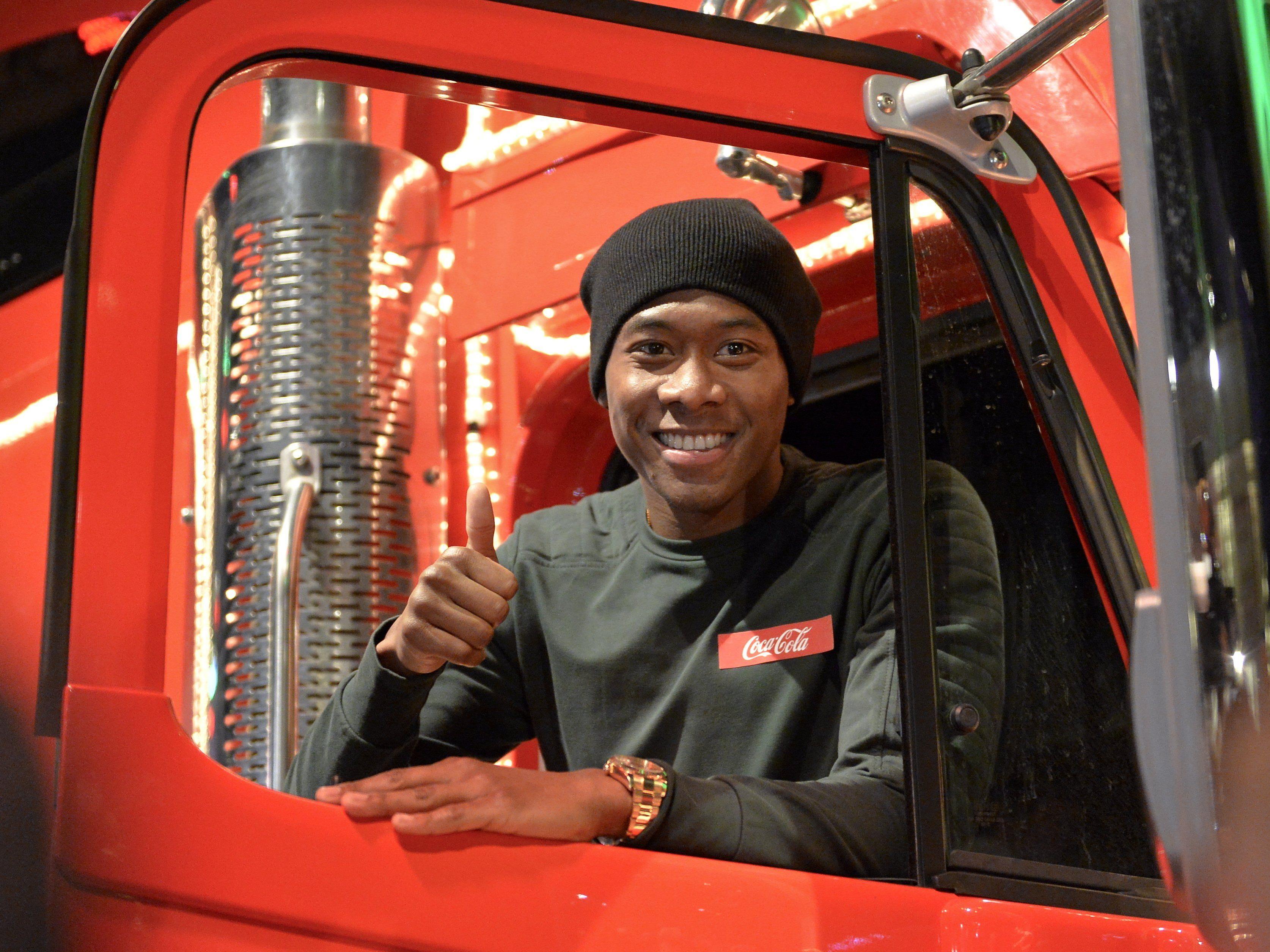 David Alaba im Coca-Cola-Weihnachtstruck