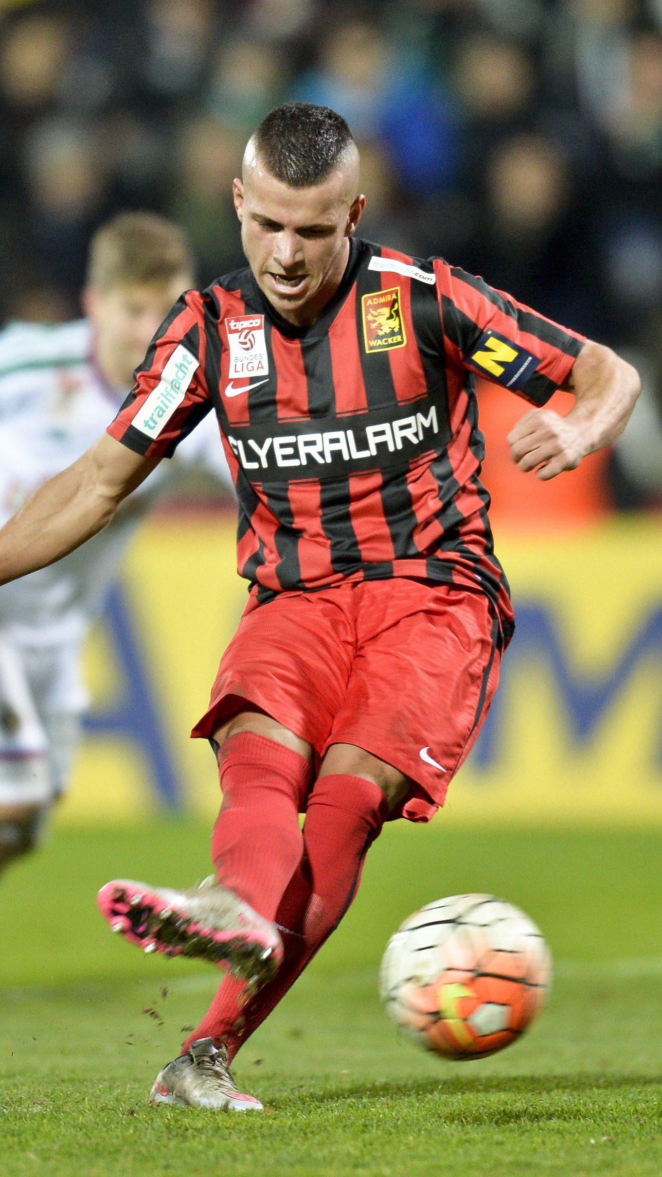 Admira Wacker Mödling besiegt Rapid Wien mit 2:1.