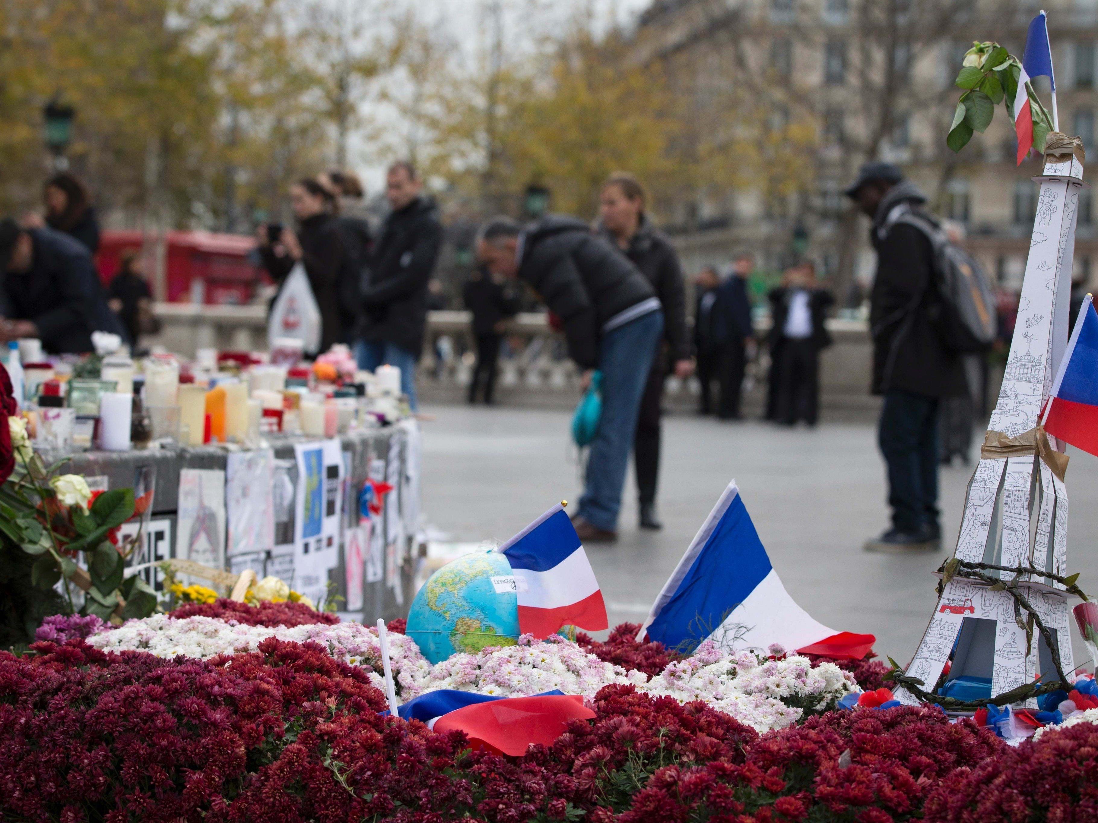 Im November trauerte die Welt mit Frankreich.
