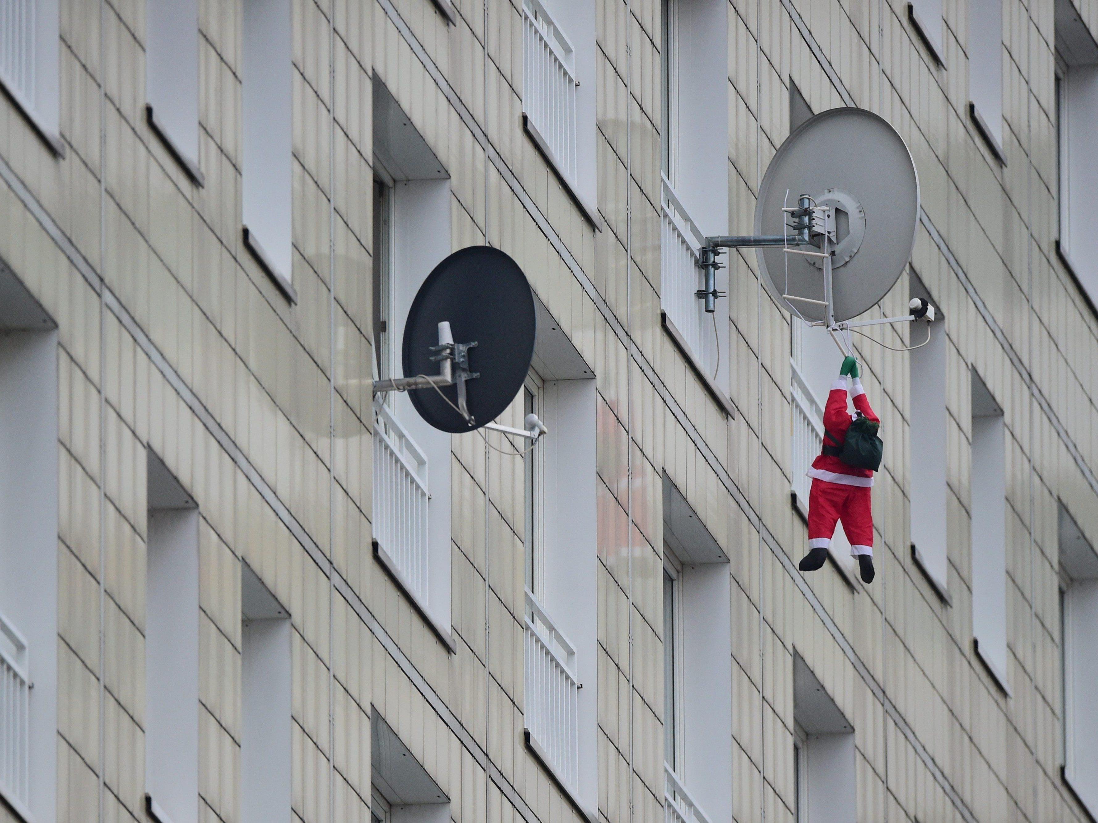 Satellitenkunden müssen für den ORF-Empfang extra zahlen - oder auf eine Weihnachtsüberraschung hoffen.