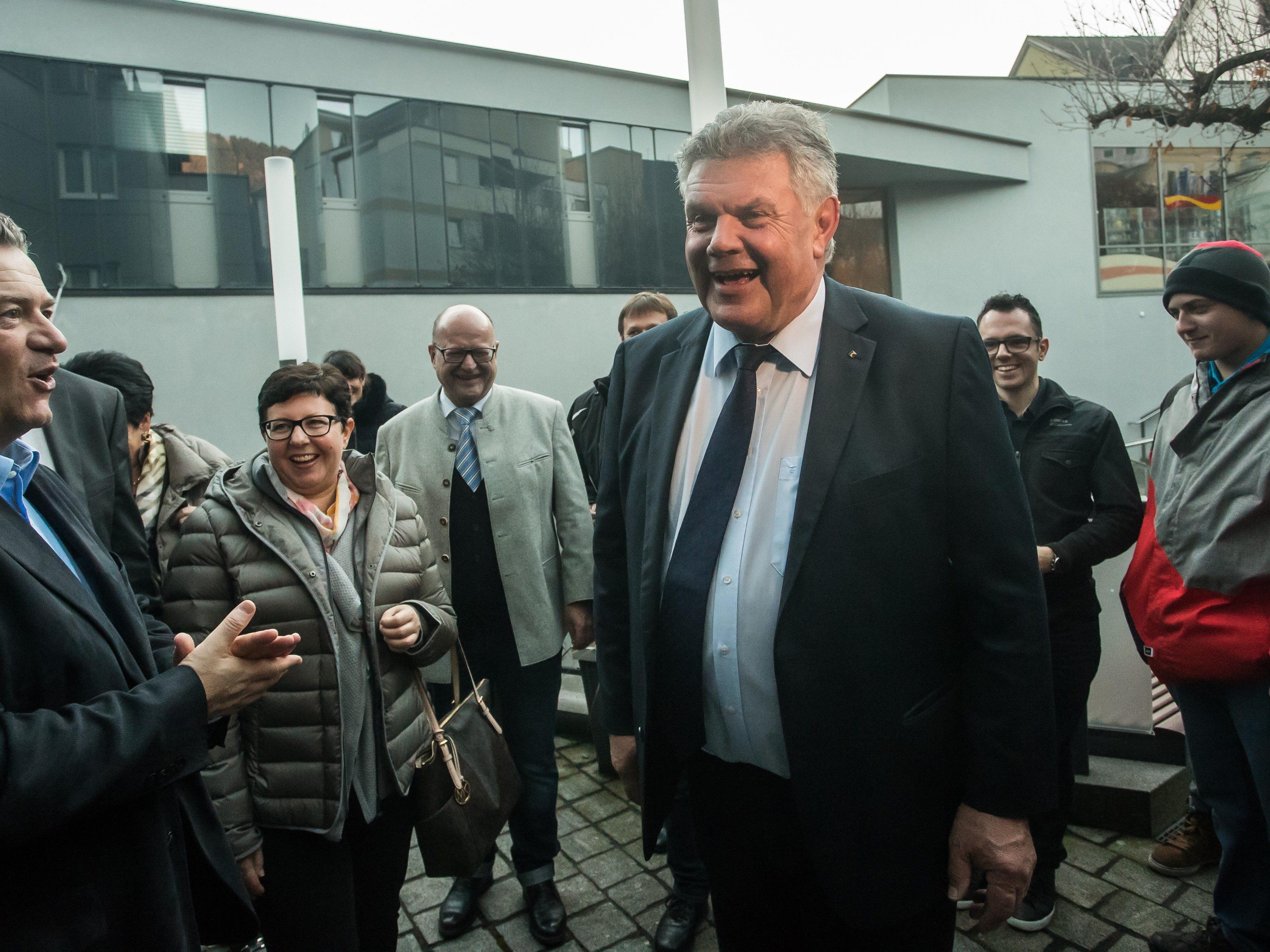 Amtsinhaber Katzenmayer gewann Stichwahl-Wiederholung mit 566 Stimmen Vorsprung gegenüber Leiter.