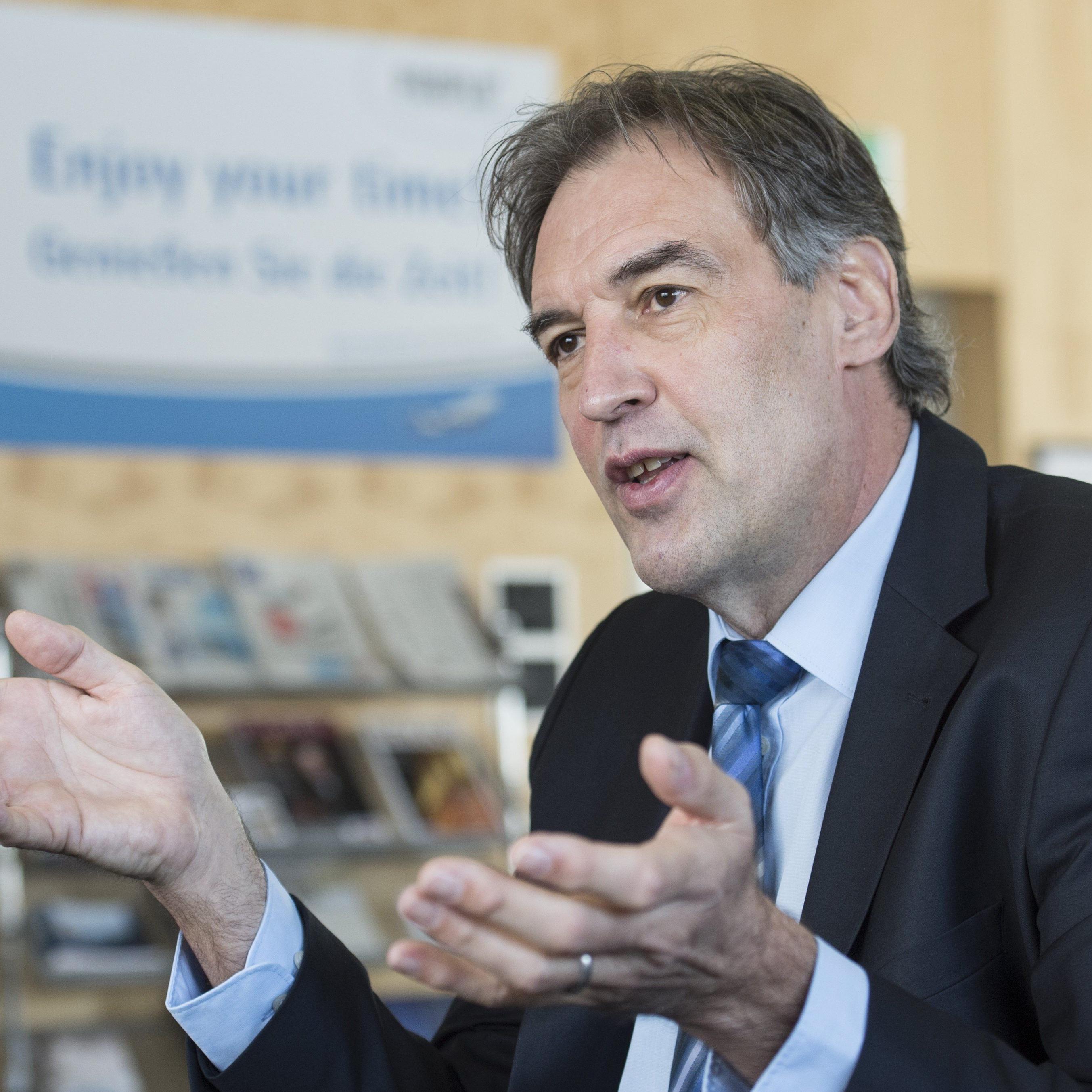 Der bisherige CEO des Flughafens St. Gallen-Altenrhein und der People's Viennaline, Armin Unternährer.