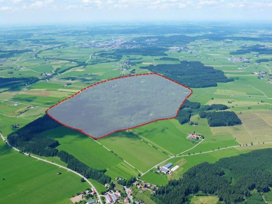 """Auf dem Gelände des ehemaligen Munitionsdepots """"Muna"""" in Leutkirch wird einer der größten Ferienparks Europas entstehen."""