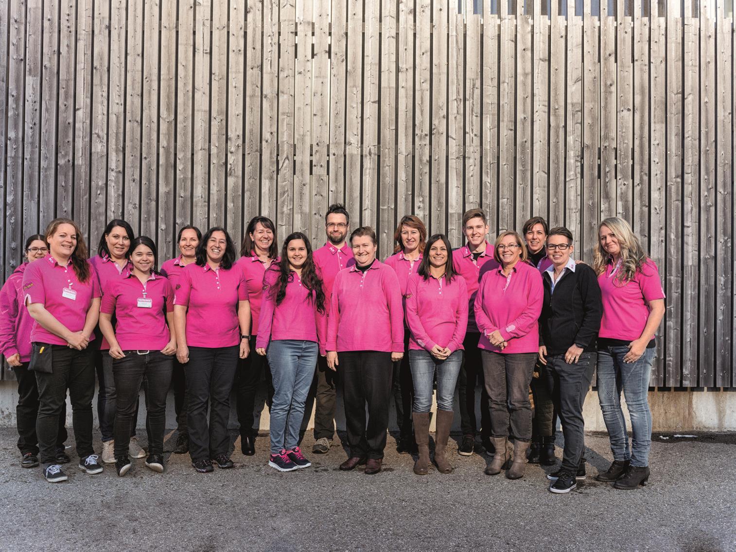 Top-Team für Top-Einkaufsvergnügen: Die Mannschaft des Sutterlüty Ländlemarkt in Weiler wartet auf die Kunden.