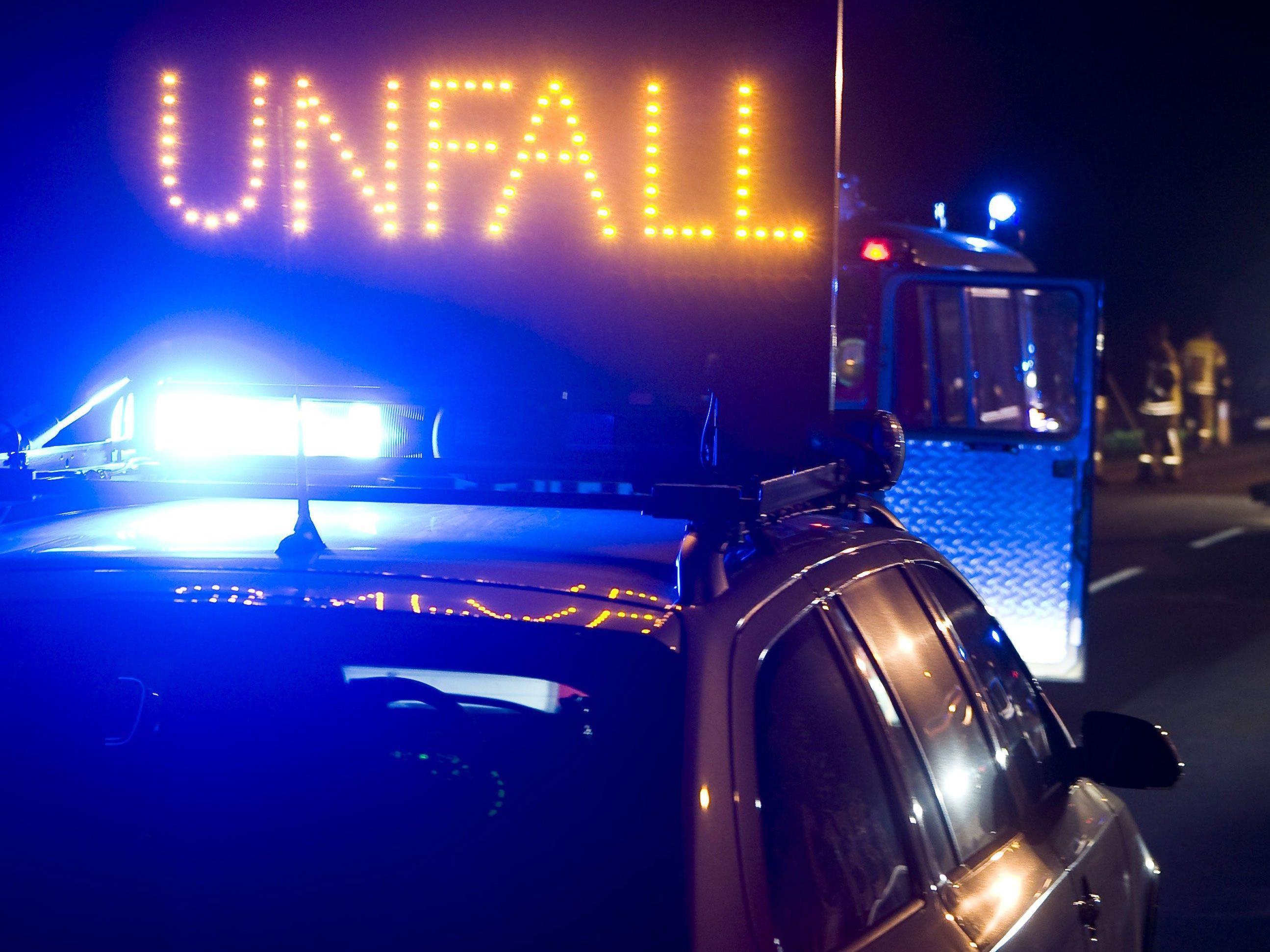 Schwerverletzter nach Unfall auf Dornbirner Gütlestraße.