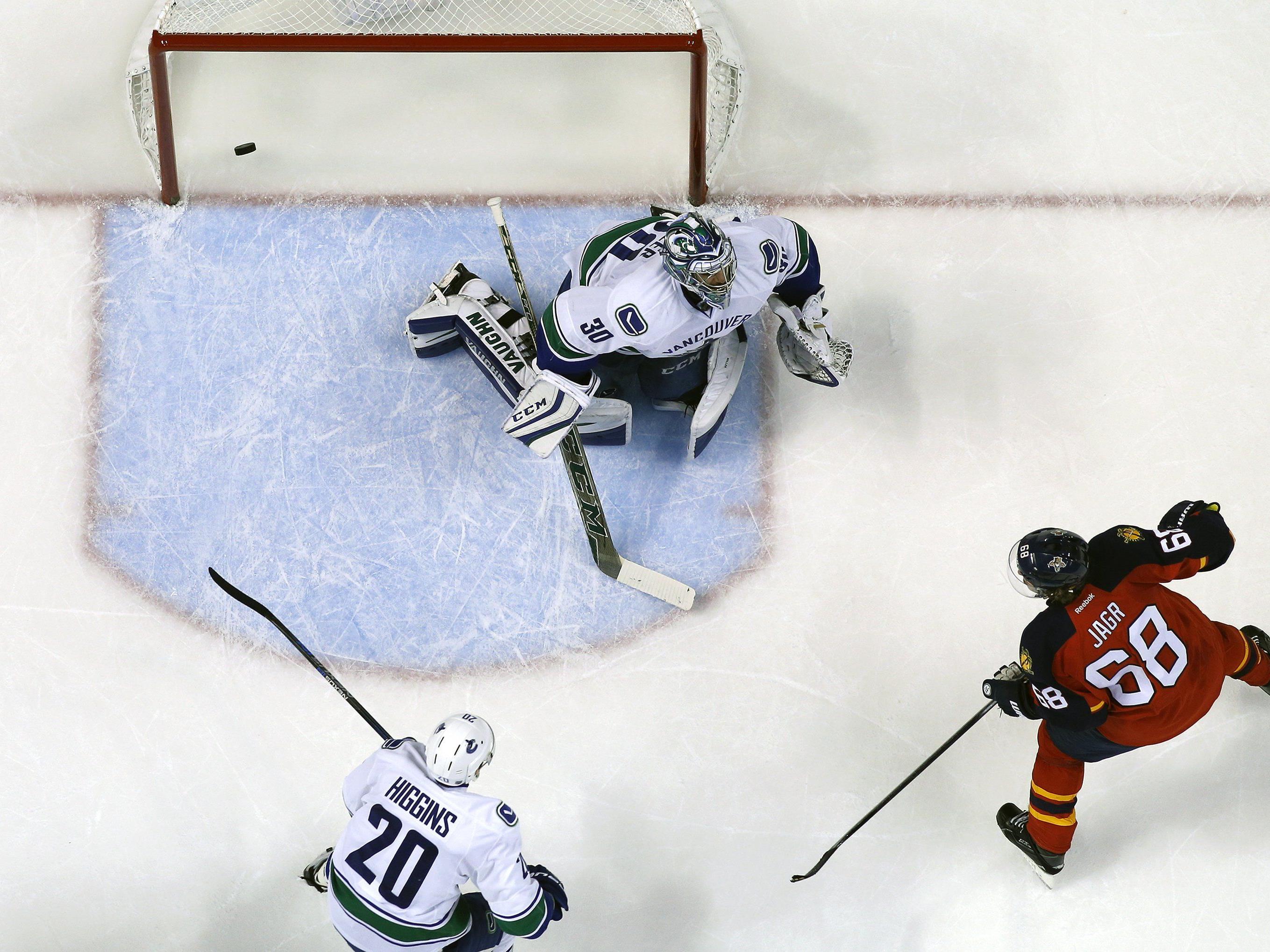 Der 43-jährige (!) Tscheche ist weiterhin für Tore und Punkte in der NHL gut.