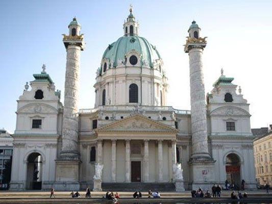 Erscheinungsbild der Karlskirche wurde der Hagia Sophia entlehnt.