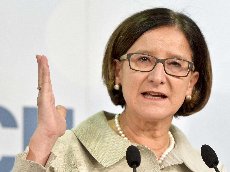 """Innenministerin Johanna Mikl-Leitner (ÖVP) hat ihr """"Durchgriffsrecht"""" bereits 18 mal genützt."""