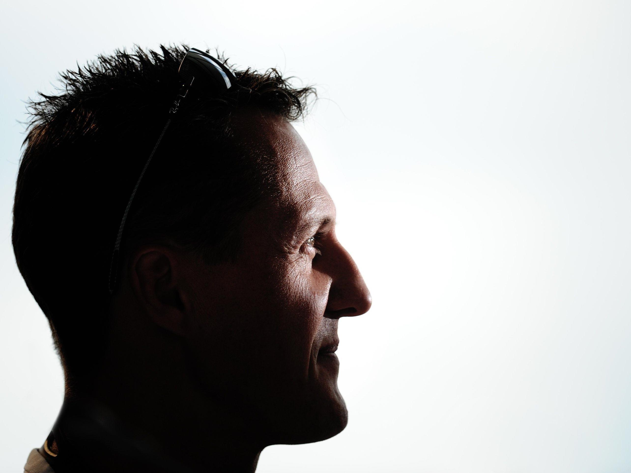 Zeitung berichtete, Schumacher könne wieder gehen - stimmt nicht, so dessen Managerin.