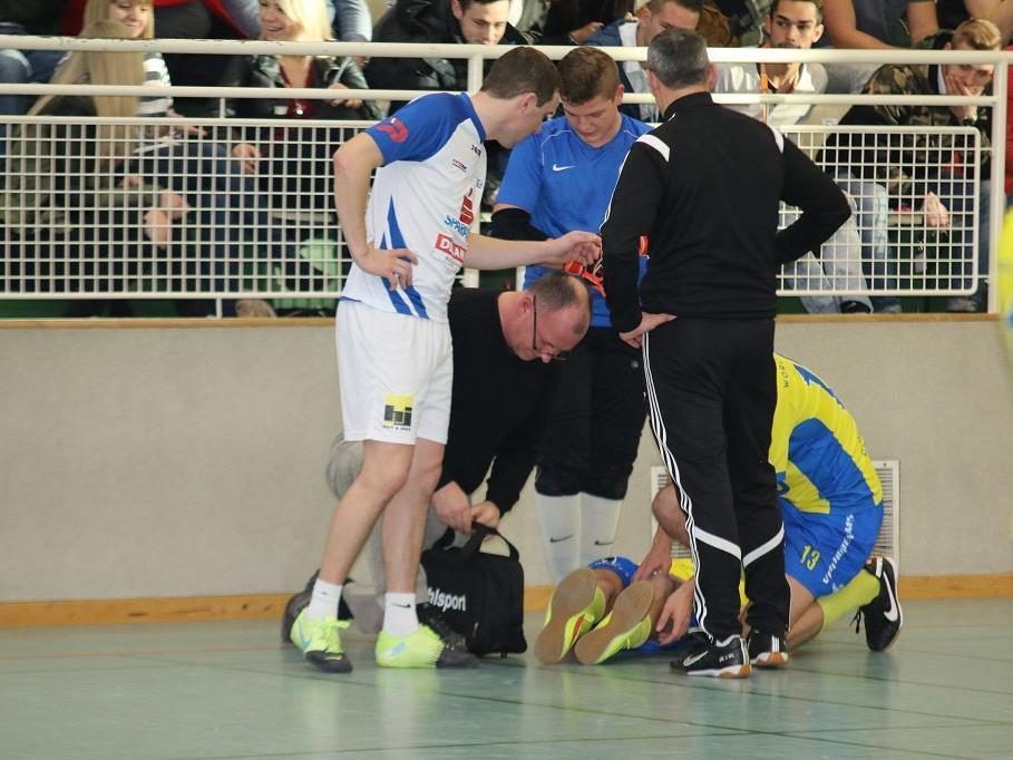 Luca Seidl verletzte sich am Knie schwer und musste im Spital behandelt werden