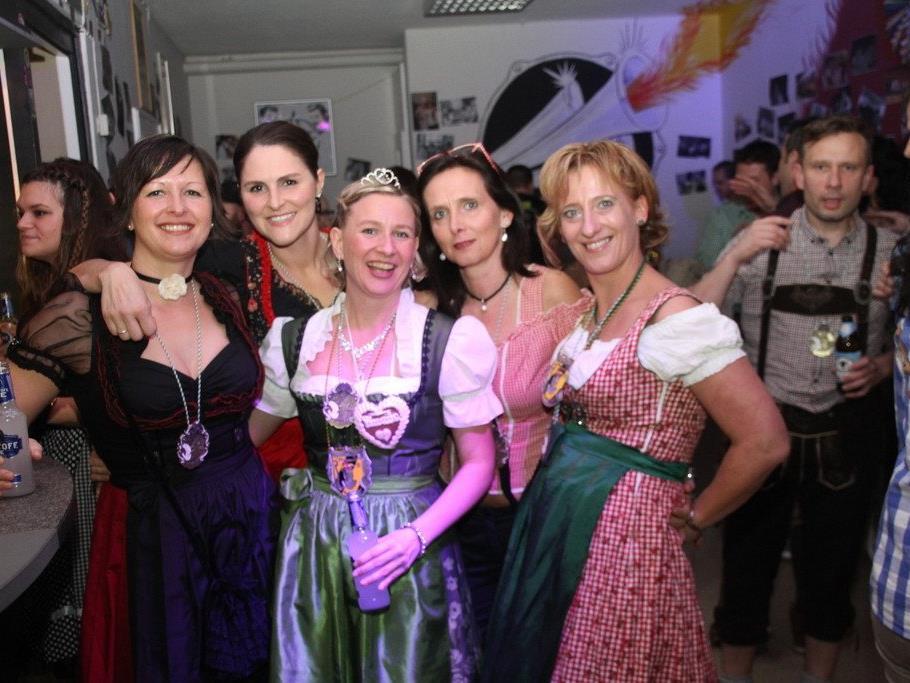Prinzessin Barbara samt einigen ihrer Damen