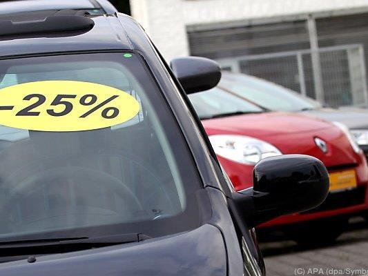 Rabattschlacht auf dem Automarkt
