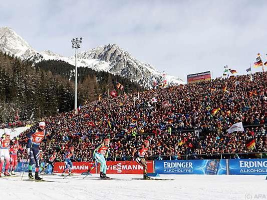 Großes Interesse beim Biathlon-Weltcup in Antholz
