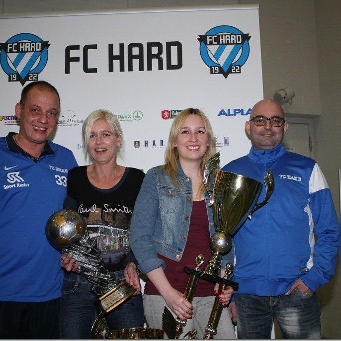 Tina, Vanessa, Markus Gartner und Markus Gritschacher freuen sich auf das Finale