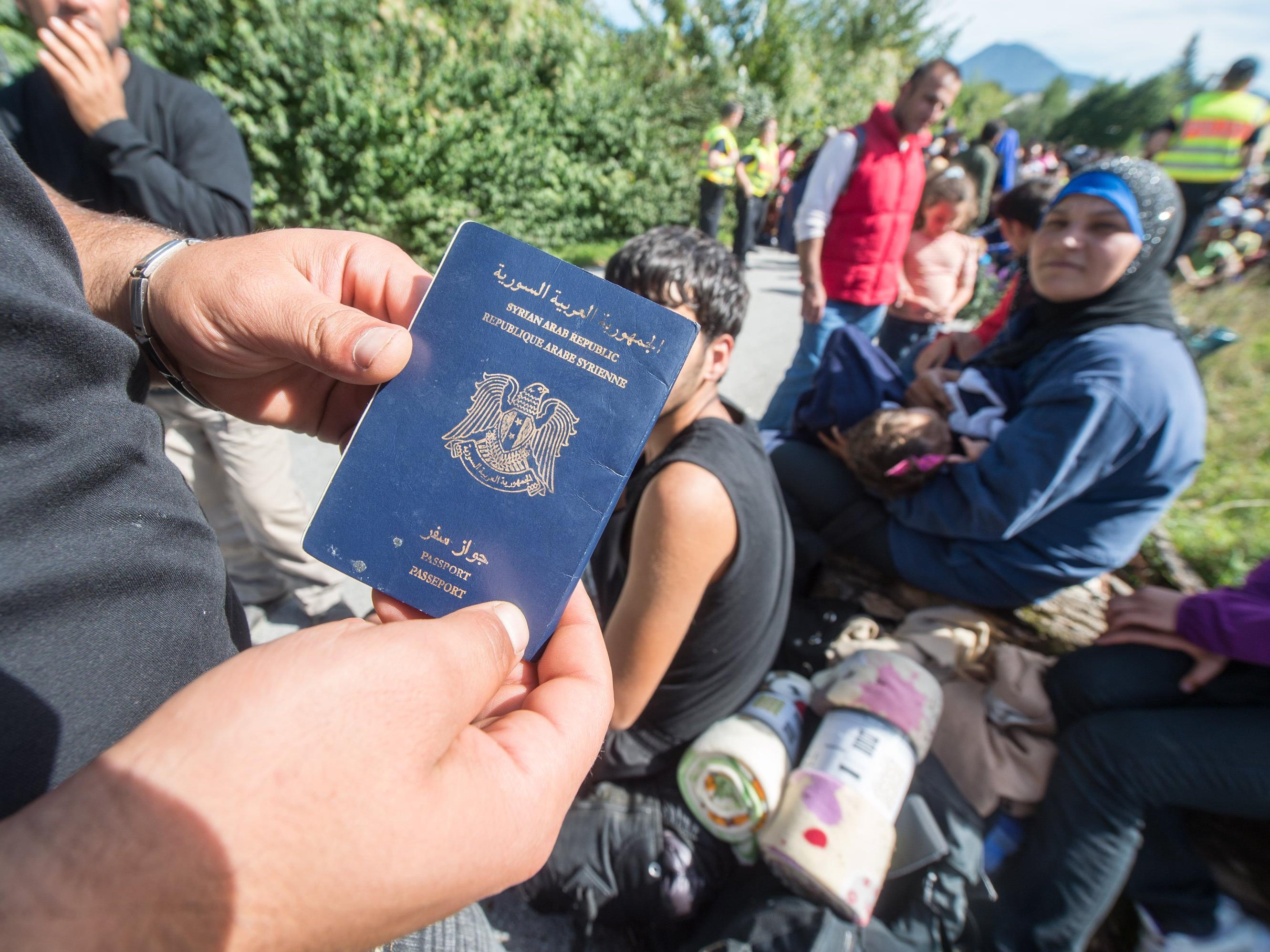 Asylsuchende sollen überall identifiziert werden können.