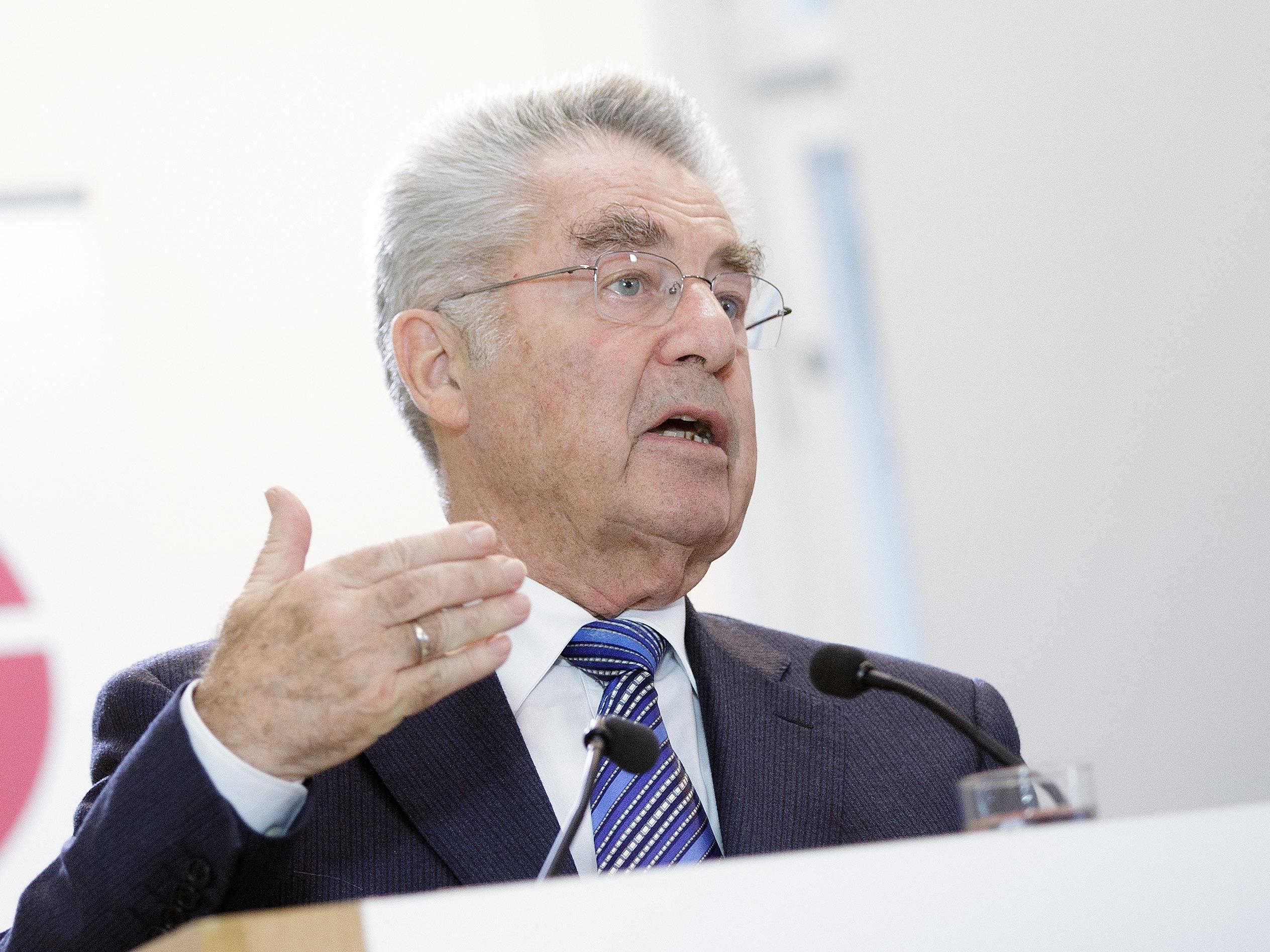 Regierung soll laut BP Fischer Obergrenzen-Streit beenden.