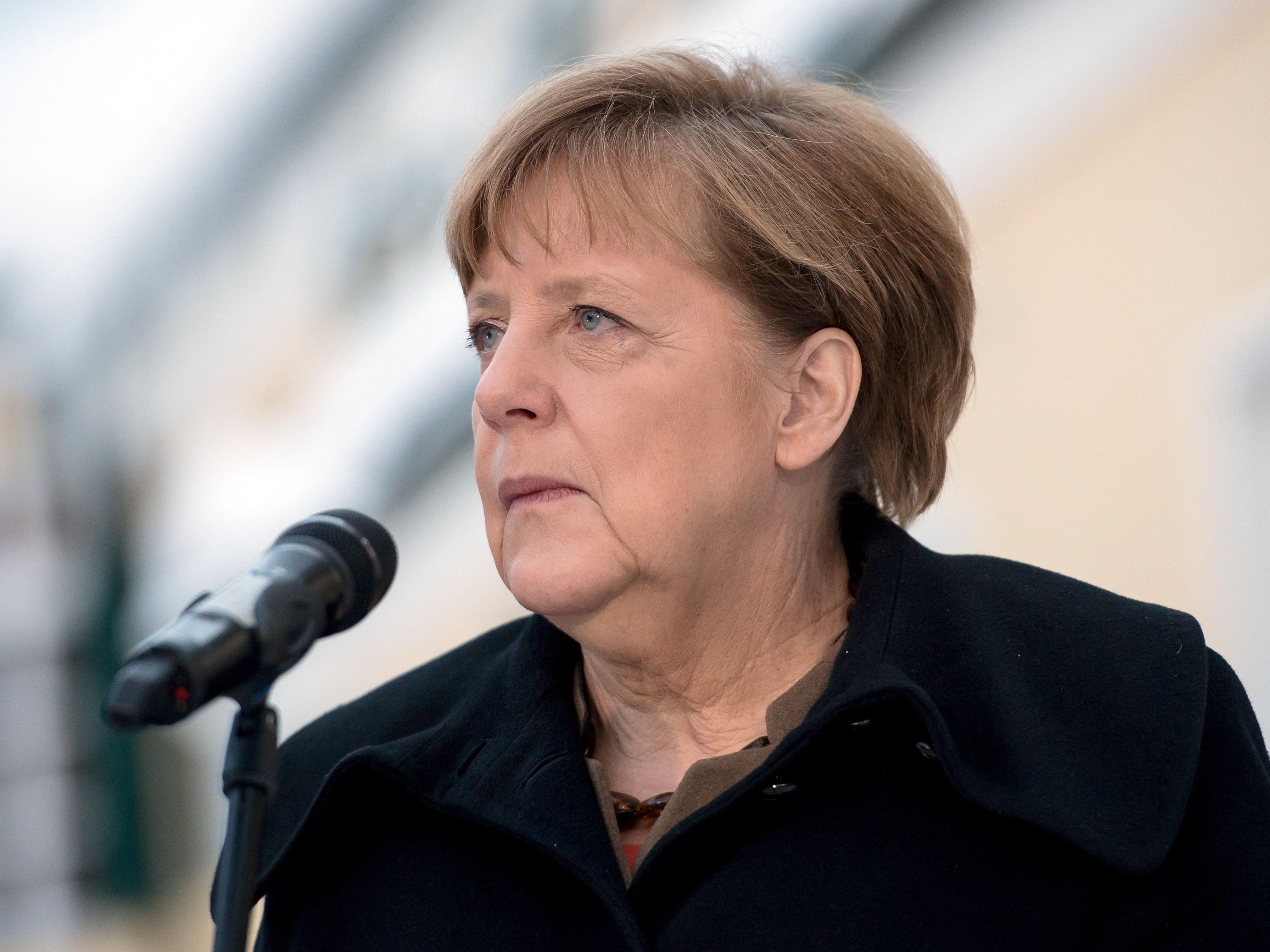 Laut Psychoanalytiker Hans-Joachim Maaz ist Merkel eine Gefahr für Deutschland.