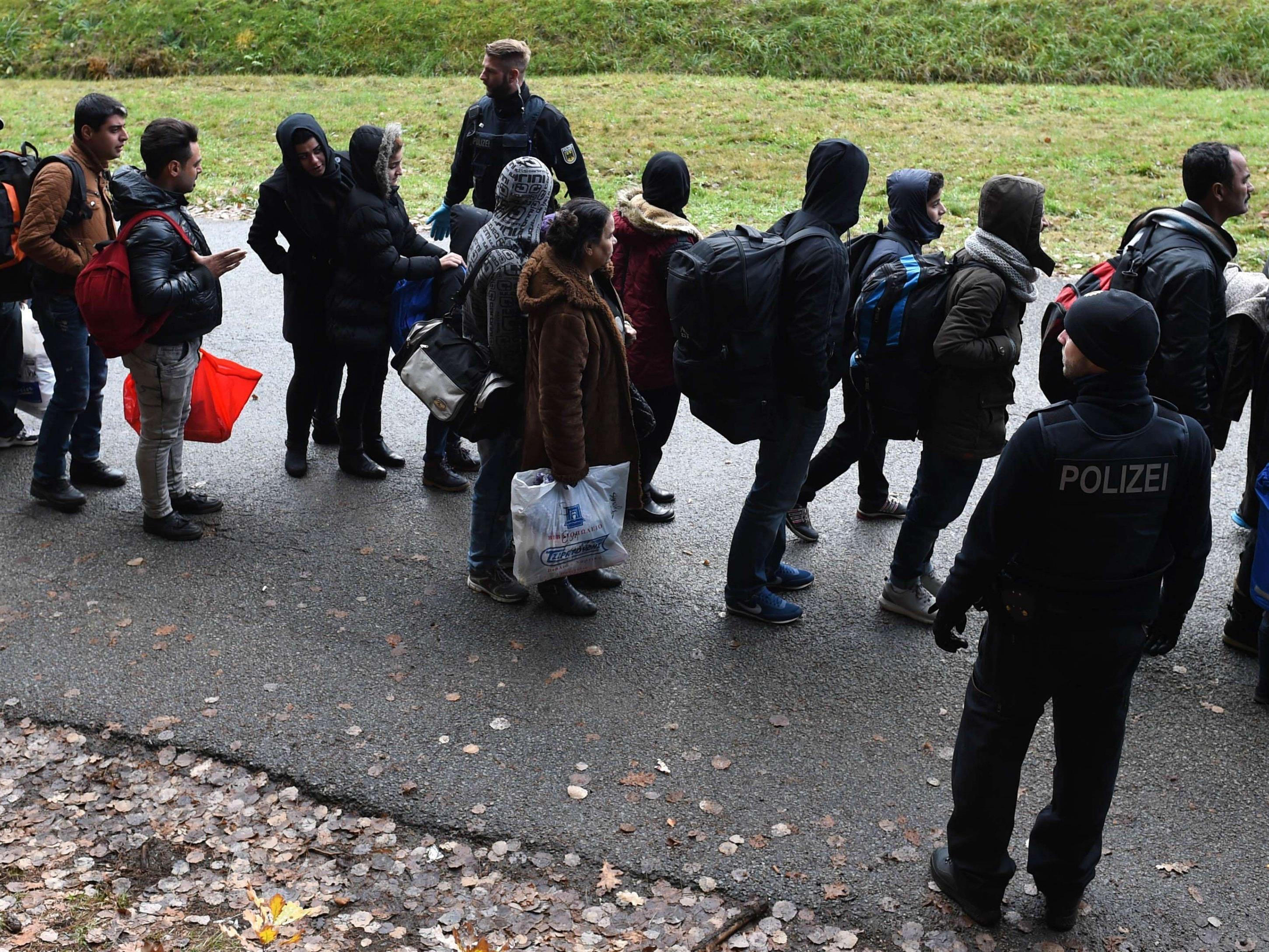 Bayern schickt hunderte Flüchtlinge täglich zurück.