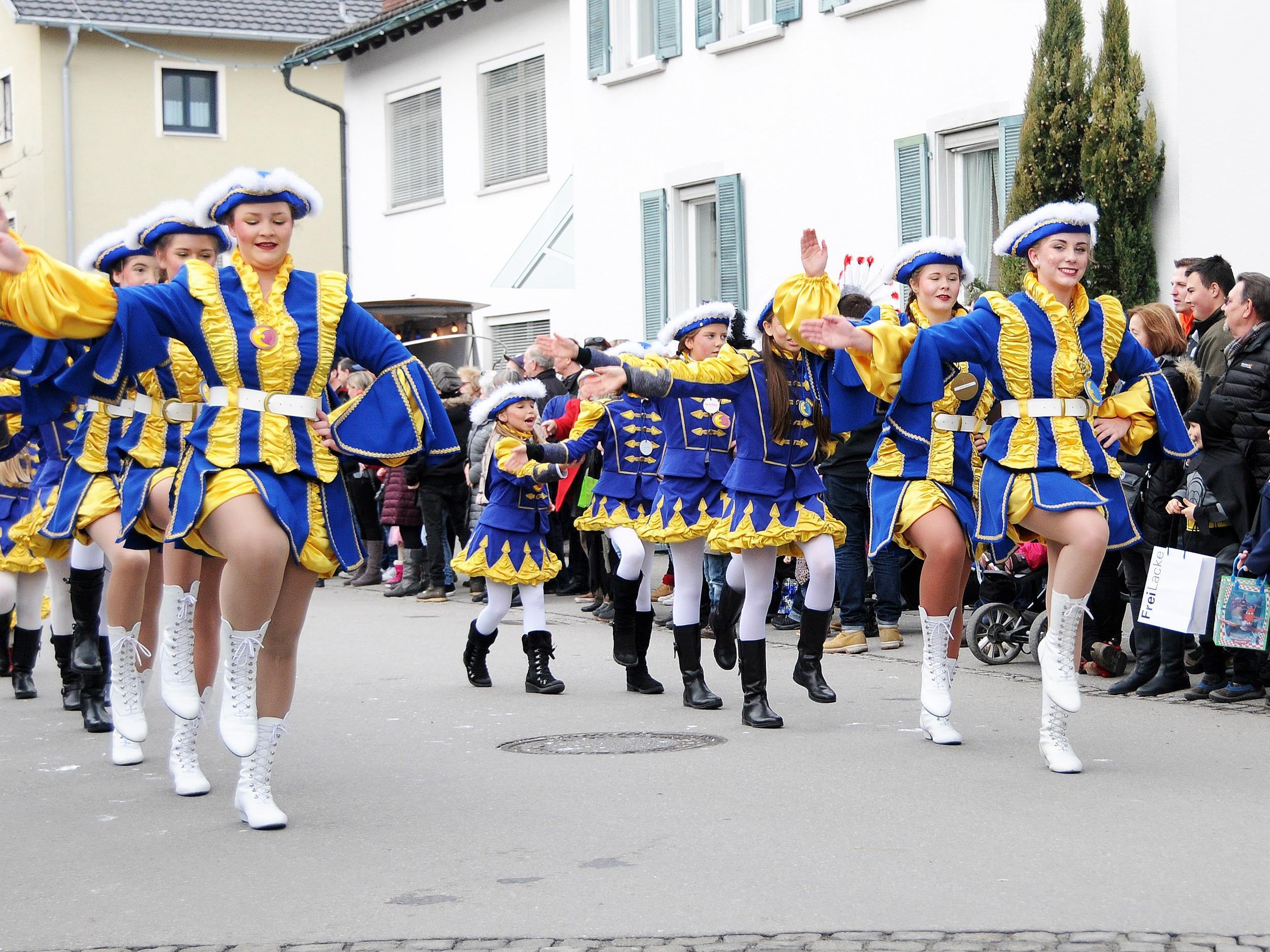 Die Garde der Hardar Mufängar beim Fasnatumzug am 30. Jänner