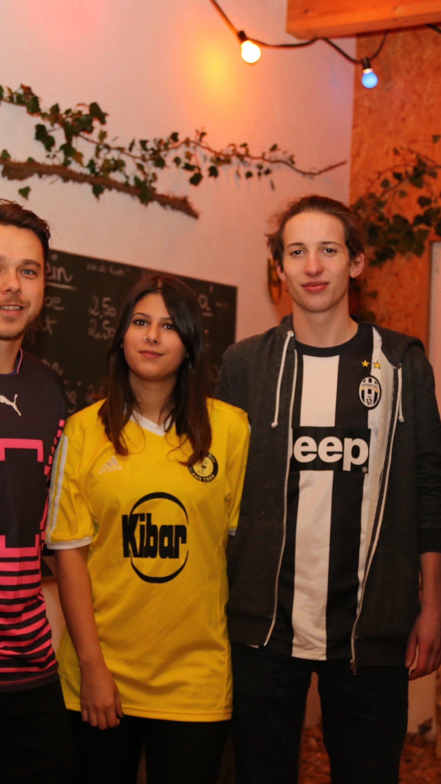 Markus Schmidle, Bengün, Lukas und Martin beim SC Tisis Ball.