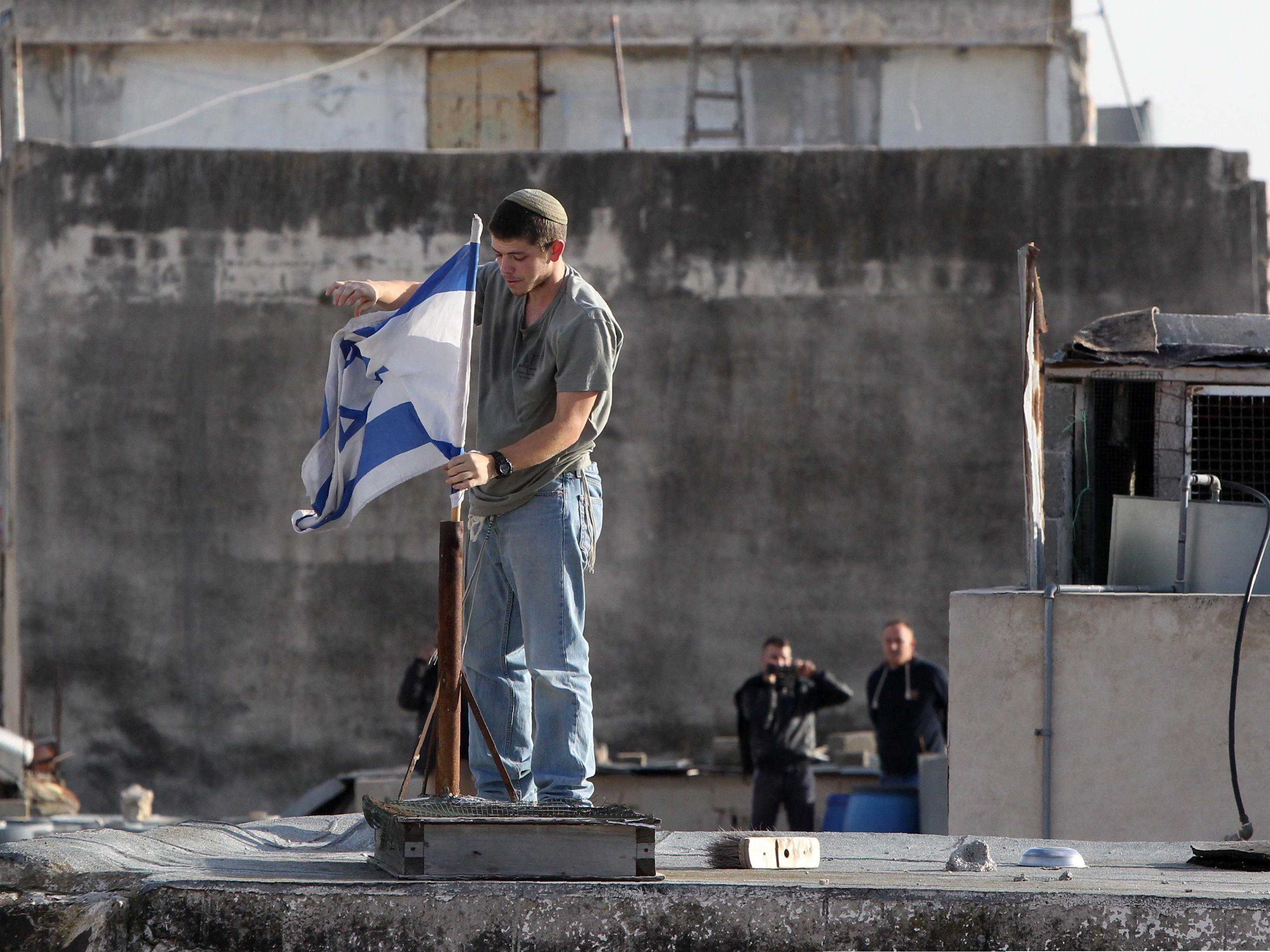 Neue Zusammenstöße zwischen Palästinensern und israelischen Siedlern.