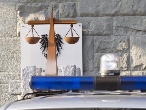 Widerstand gegen Staatsgewalt: 14-Jähriger hielt Polizei auf Trab