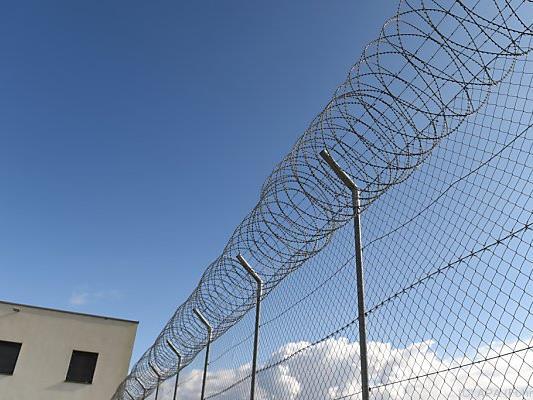 Der Angeklagte, der keine Reue zeigte, muss ins Gefängnis