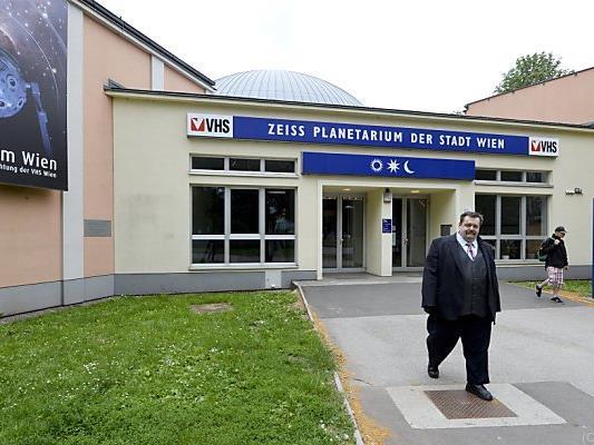 Planetarium-Chef Gruber will ohne Oberhummer nicht weitermachen