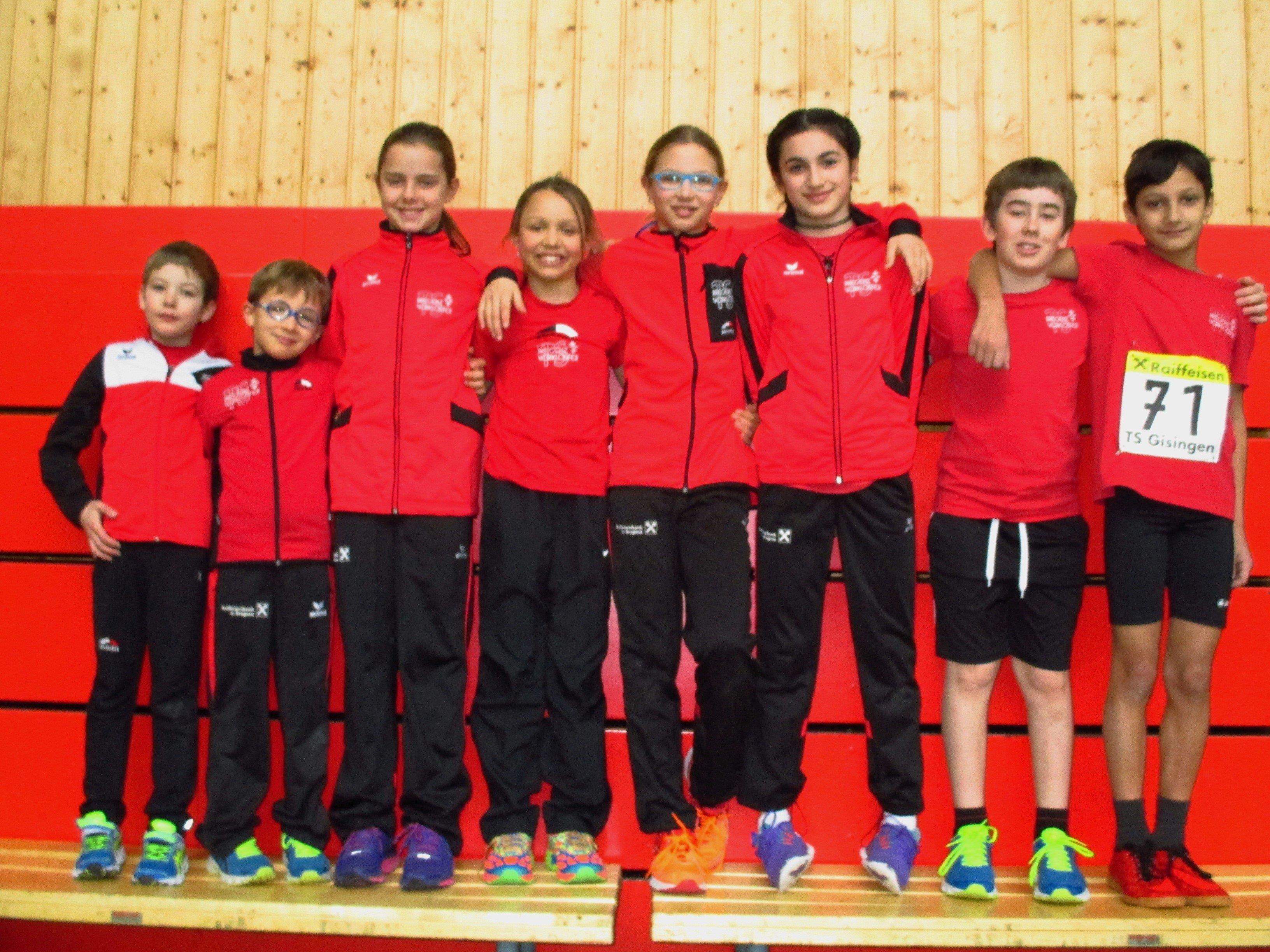 Die Teilnehmer der TS Bregenz-Vorkloster an der VLV-Hallenmeisterschaft in Dornbirn.