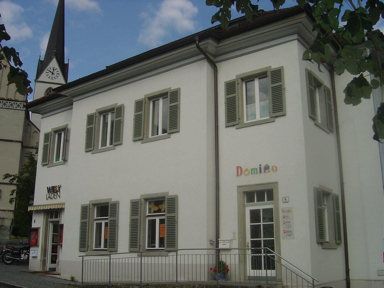 Domino s'Hus am Kirchplatz