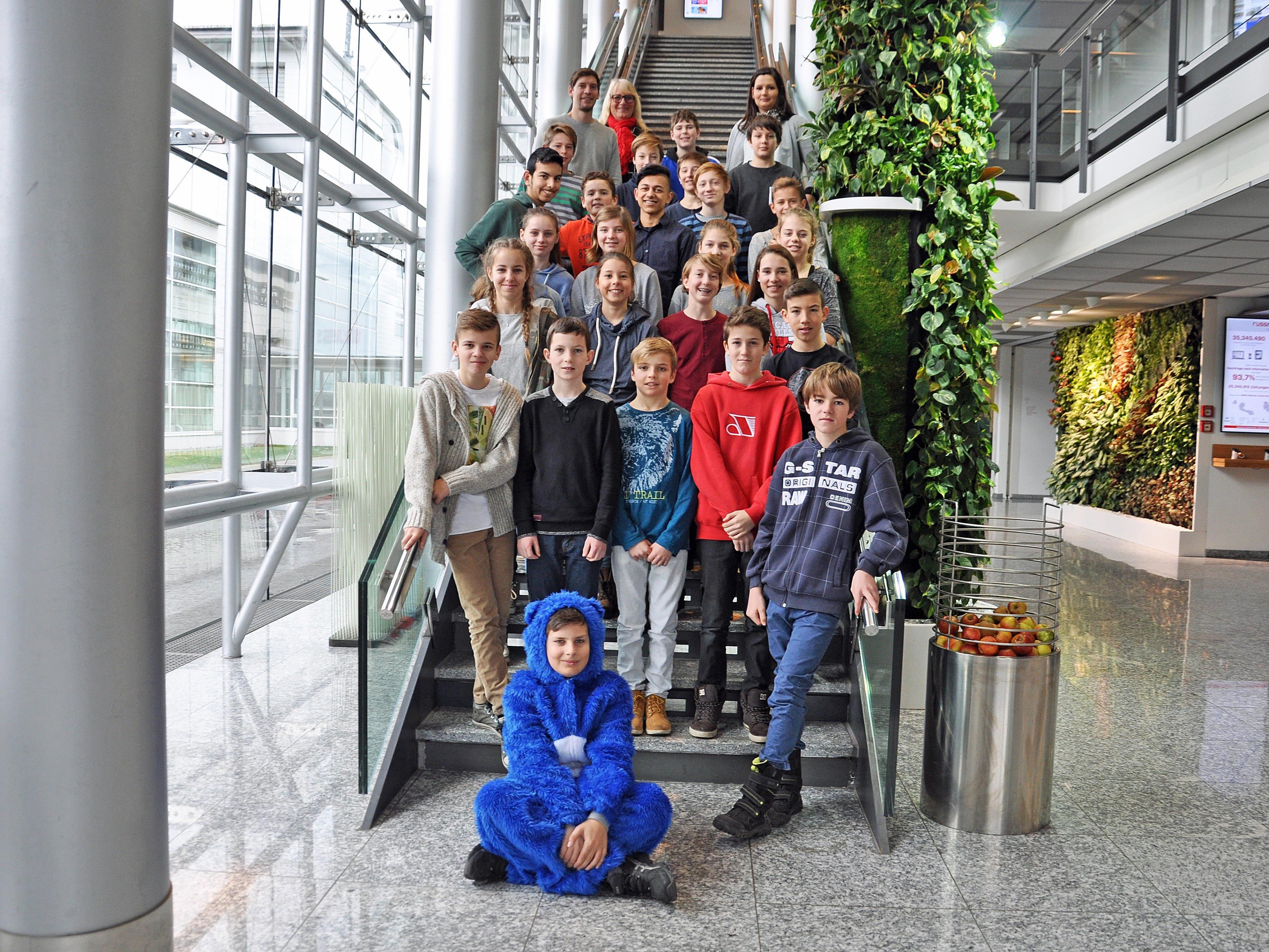 Die Schüler der Klassen 3a, 3b und 3c der Mittelschule Rankweil West bekamen einen Einblick in die heimische Medienlandschaft.