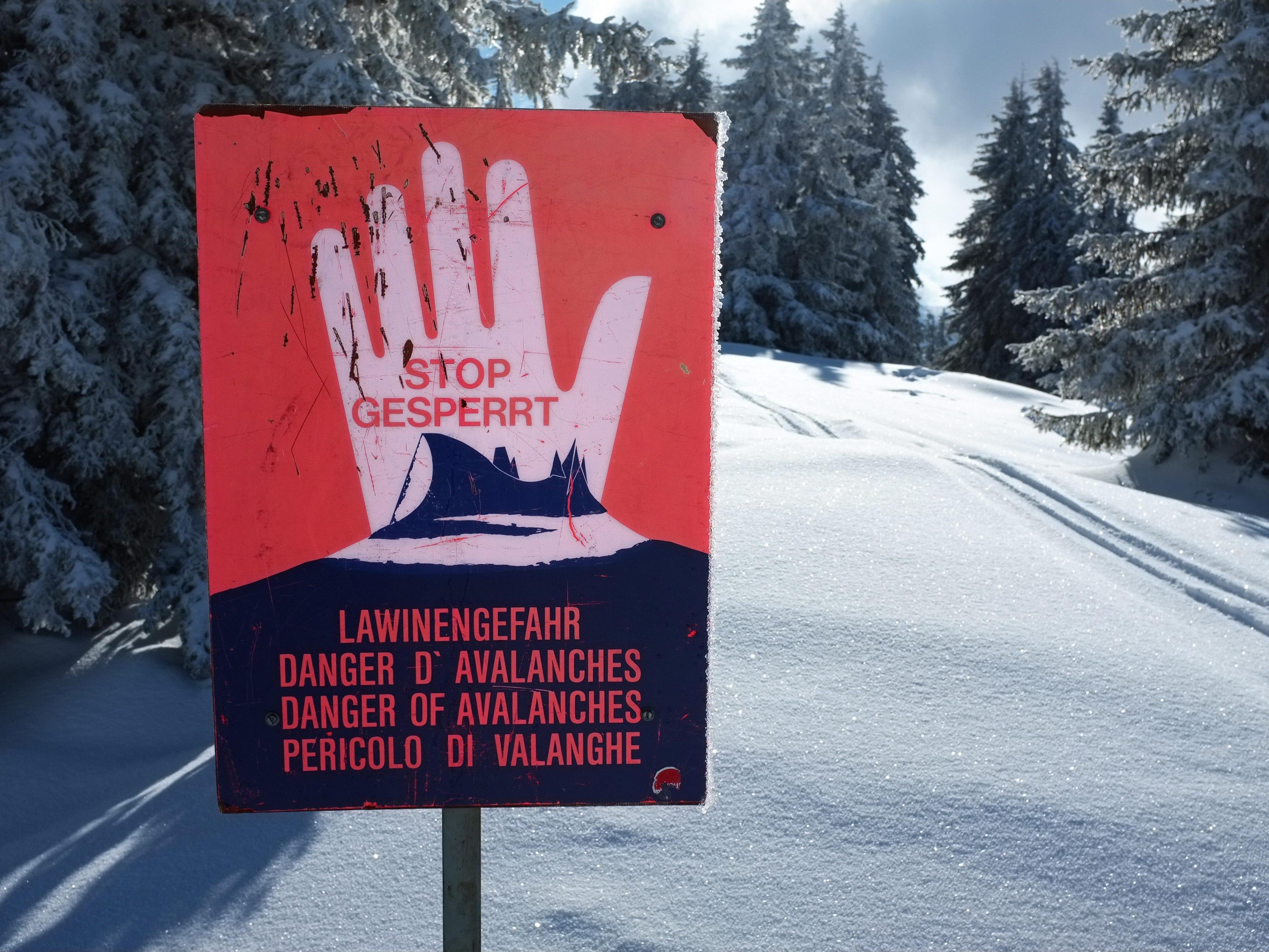 Die Lawinengefahr in Vorarlberg steigt.