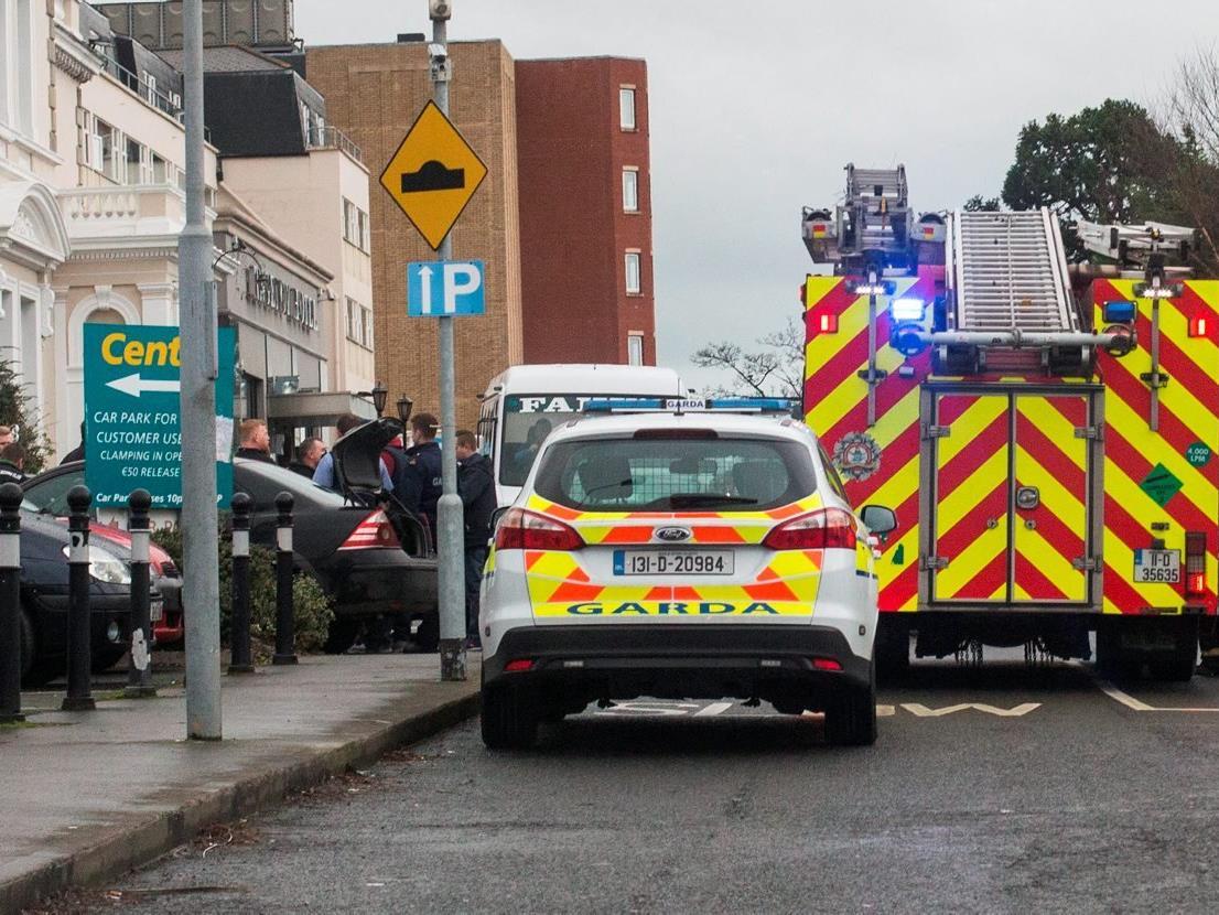 Drei Angreifer stürmten ein Hotel in Dublin.