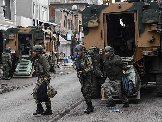 Monatelanger Einsatz der türkischen Armee in der Krisenregion