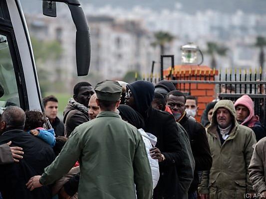 Flüchtlinge nehmen jetzt andere Routen anch Europa
