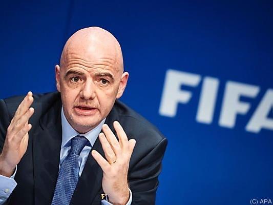FIFA-Präsident Gianni Infantino bleibt bei Videobeweis vorsichtig